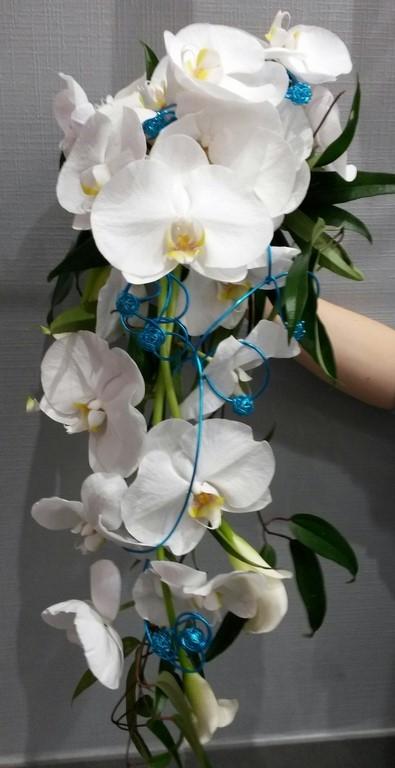 bouquet de marie tombant stunning bouquet retombant blanc with bouquet de marie tombant top. Black Bedroom Furniture Sets. Home Design Ideas